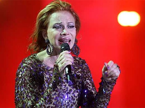 Paloma San Basilio cerró la penúltima noche del Festival