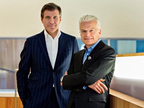 JWT Gustavo Martínez y Bob Jeffrey