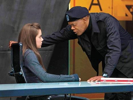 Barely Lethal con Jessica Alba y Samuel L. Jackson