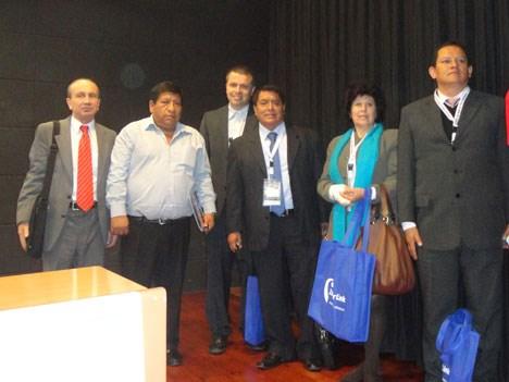 Inauguración de la VII Cumbre APTC: Juan García Bish, de Gigared, Ovidio Rueda y Demóstenes Terrones, presidente y vice de la APTC, María Rojas Cárden