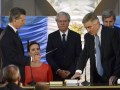 El presidente Mauricio Macri le toma juramento a Oscar Aguad como Ministro de Comunicaciones