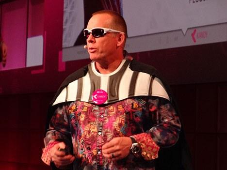 Genband D2 Paul Pluschkell, fundador de Kandy.io