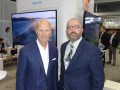 INTX 16 D1 Tom Mohler, CEO de Olympusat, con Tom Schaeffer, de Float Left