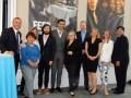 El screening de Lionsgate en Beverly Hills: Peter Iacono, presidente internacional (derecha) y Maryann Pasante, SVP de ventas América Latina, junto al equipo de marketing y ventas del estudio