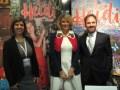 María Bonaria Fois, general manager de Mondo TV Iberoamérica con la autora Marcela Citterio y Matteo Corradi, CEO de Mondo TV Group, durante el anuncio de coproducción en MIPTV