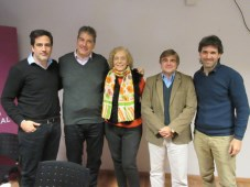 Rosanna Manfredi, presidente de CAMIAT, rodeada por Alejandro Casetta, presidente, y Ralph Haiek, vicepresidente, del INCCA, además de Alberto Stagnar