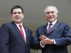 Horacio Cartes, presidente de Paraguay, y Michel Temer, de Brasil (Foto: EFE)
