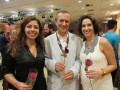 Marco Altberg, presidente de ABPITV, con Deborah Rossoni, de APEX Brasil, y Rachel do Valle, directora ejecutiva Brazilian TV Producers