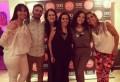 Loli Miraglia (centro) junto a su equipo de SDO Entertainment en la celebración por los dos años de la compañía: Mariana Godoy, Matias Pelosso, Pia vo