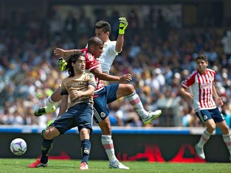 Este sábado desde las 9pm, Chivas vs. Pumas en vivo por Chivas TV, Cinépolis Klic y Clarovideo