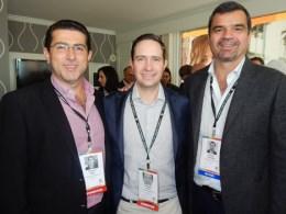 Benjamín Salinas (centro) junto a Mauricio Majul y Rodrigo Fernández