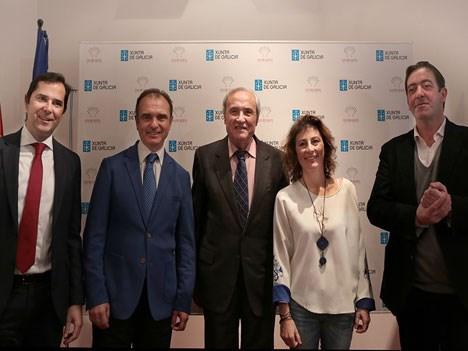 Jacobo Sutil de Agadic, Julián Izquierdo de ICEX, José Ramón Ónega de Casa de Galicia, Géraldine Gonard y Xosé Luix García de Fundación SGAE, durante