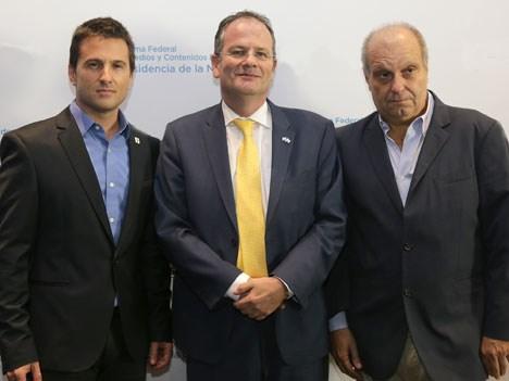History Embajada Miguel Brailovsky, el Emabajador Ilan Sztulman, y Hernan Lombardi