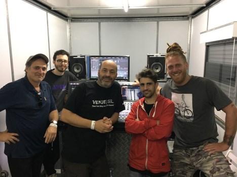 Móvil Stage 1. Ricardo Pegnotti, Nahuel Zaccagnino, Ricardo Mantini, Javier Verjano y Daniel Itelman