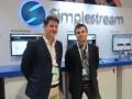 Josh Harrington y Sam Orton-Jay, de Simplestream en la NAB