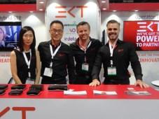 Minjonng Kwon, Gerard Kim, Jill Mulder y Richard Smith, de EKT, en la NAB