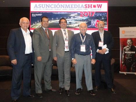 UOL: Washington Melo, Felix Morlas, Cristian Zulueta, Marcelo Tulissi y Luis Fernández, de CUTA (moderador)