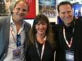 Felix von Knorring, de Infront Sports & Media, junto a Lise Romanoff y Adam Wright, ambos de Vision Films