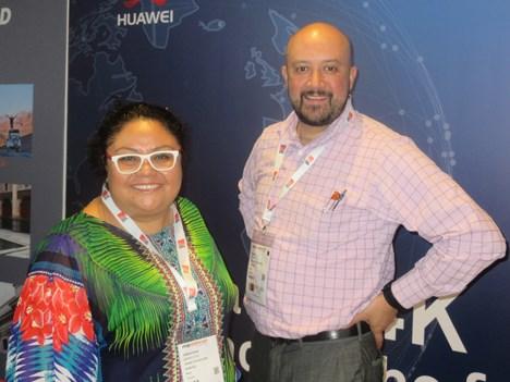 El gigante digital chino Huawei participó por primera vez de la feria en búsqueda de contenidos en 4K: Adriana Moreno Avila, marketing strategy department, y Michel Evans, video operations manager