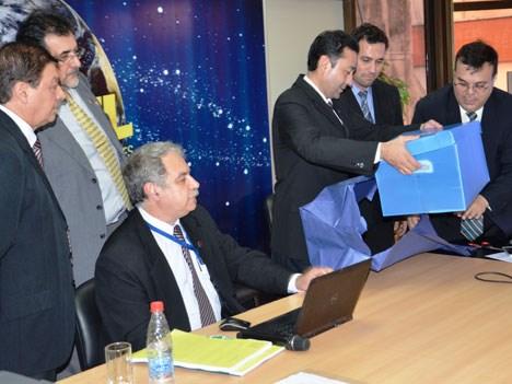 Paraguay: Claro, Personal y Tigo presentan pliegos para subasta de frecuencias de 700 MHz