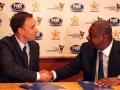 Francisco Pazmiño y Jeffrey Webb, presidente de CONCACAF