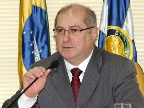 Paulo Bernardo Silva, Ministro de Comunicaciones de Brasil