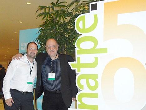 Alex Lagormarsino, CEO de MediaBiz, con el autor Ricardo Rodríguez en Natpe Miami 2013